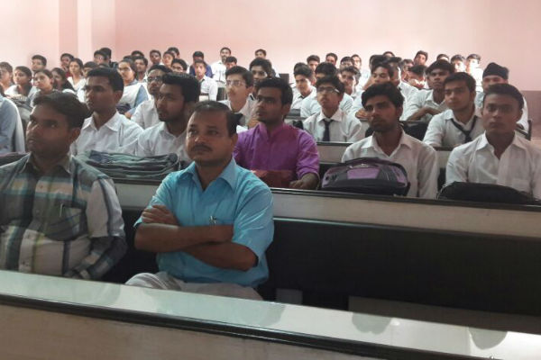 Dr. Majeed Foundation Conducted 'Health Awareness Seminar & Career Building Program' at Pharmacy Department of ( M.I.T. ) Moradabad Institute Of Technology For The Project Learn & Earn