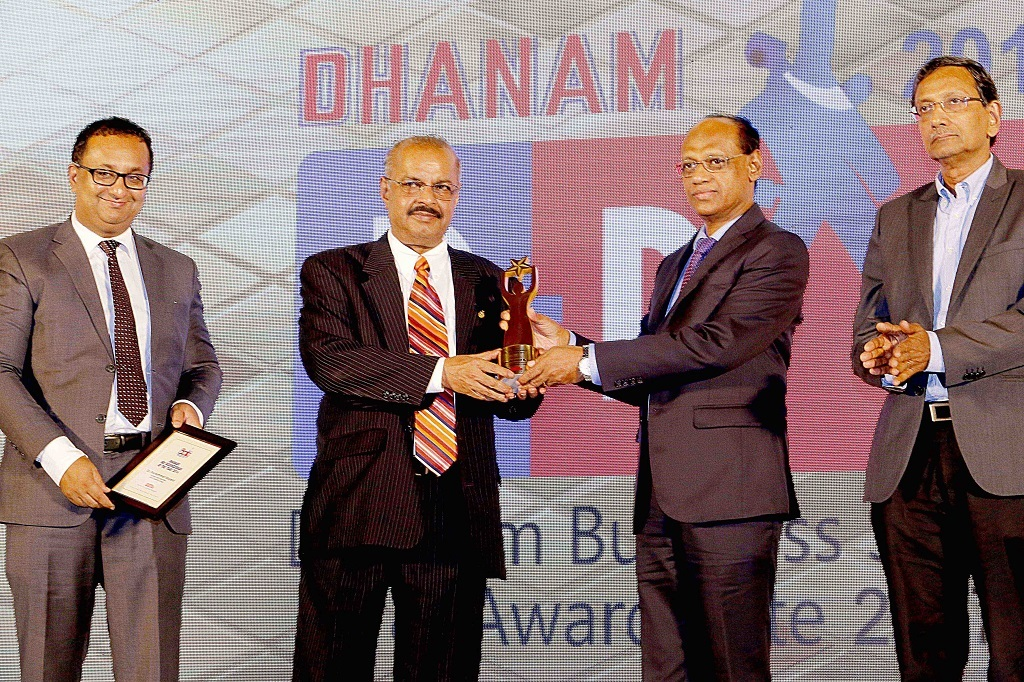 Dr. Muhammed Majeed, Founder-Chairman, Sami-Sabinsa Group awarded Outstanding NRI Businessman of the Year 2017