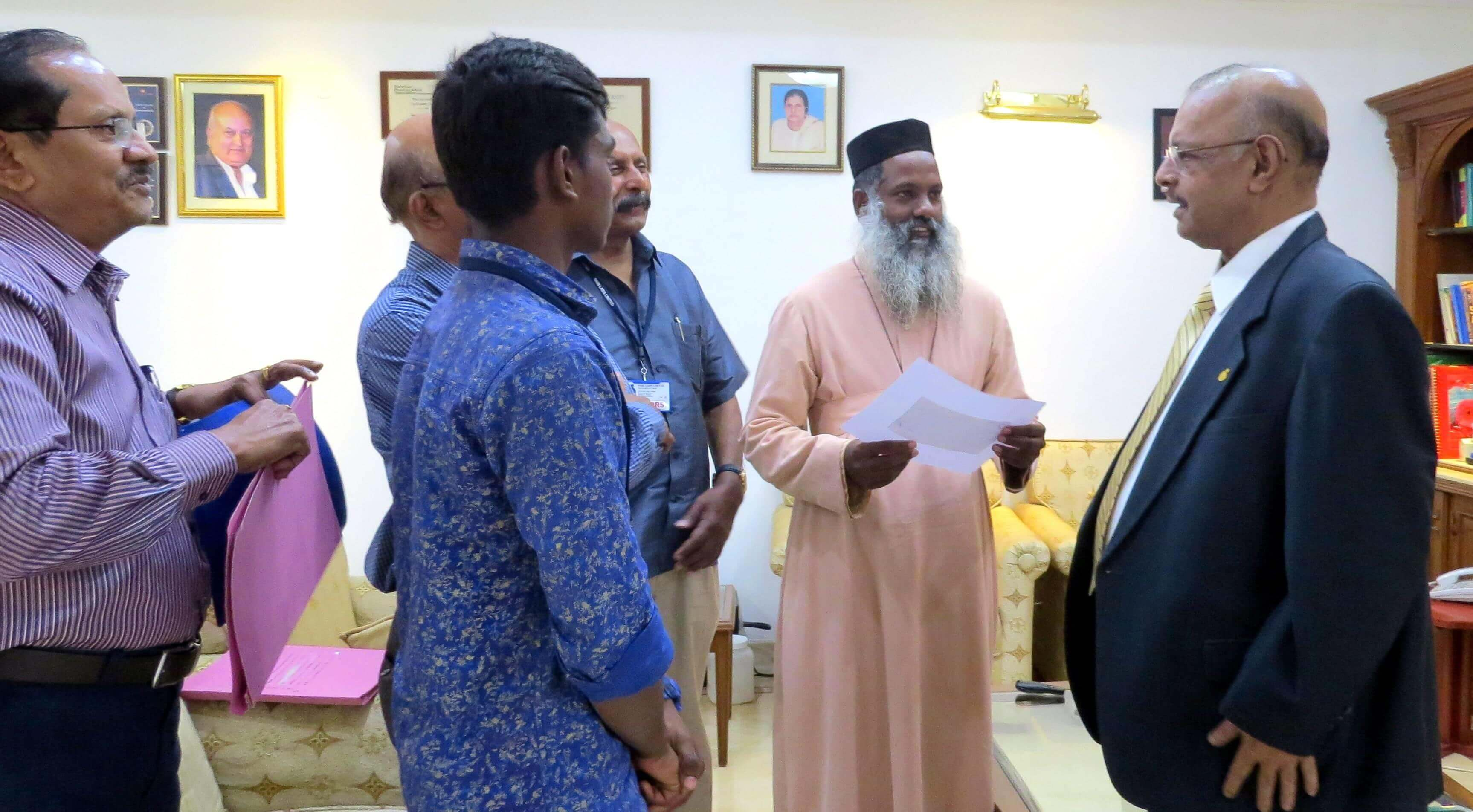 Dr. Majeed donates Rs 12 lacs to St. Gregorios Dayabhavan